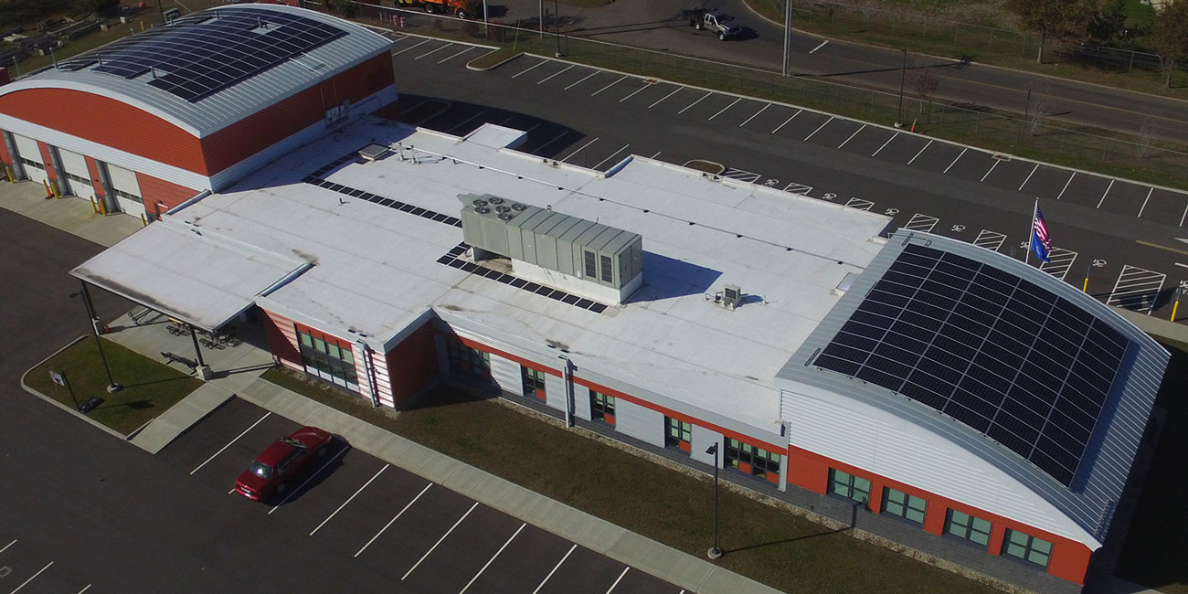 metal roof on commercial building