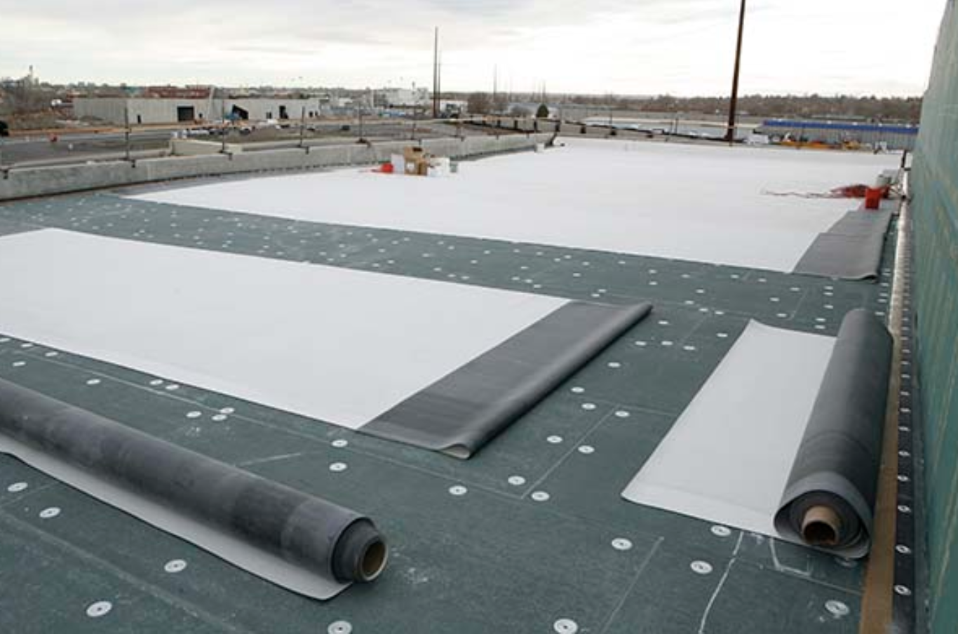 An EPDM Commercial Roof for Every Climate